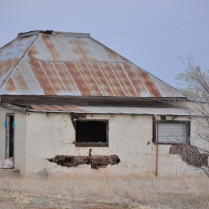 One of the ghost building that was once a pitstop for travelers